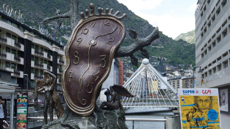 Andorra Klok Salvador Dali