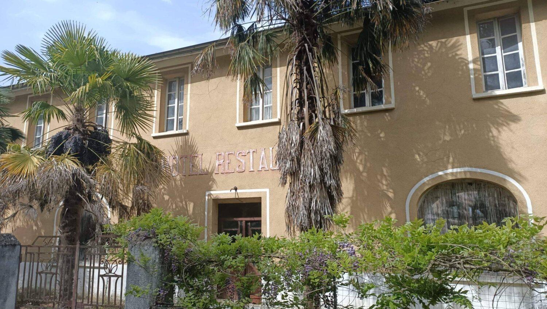 Daumazan-sur-Arize, oud hotel